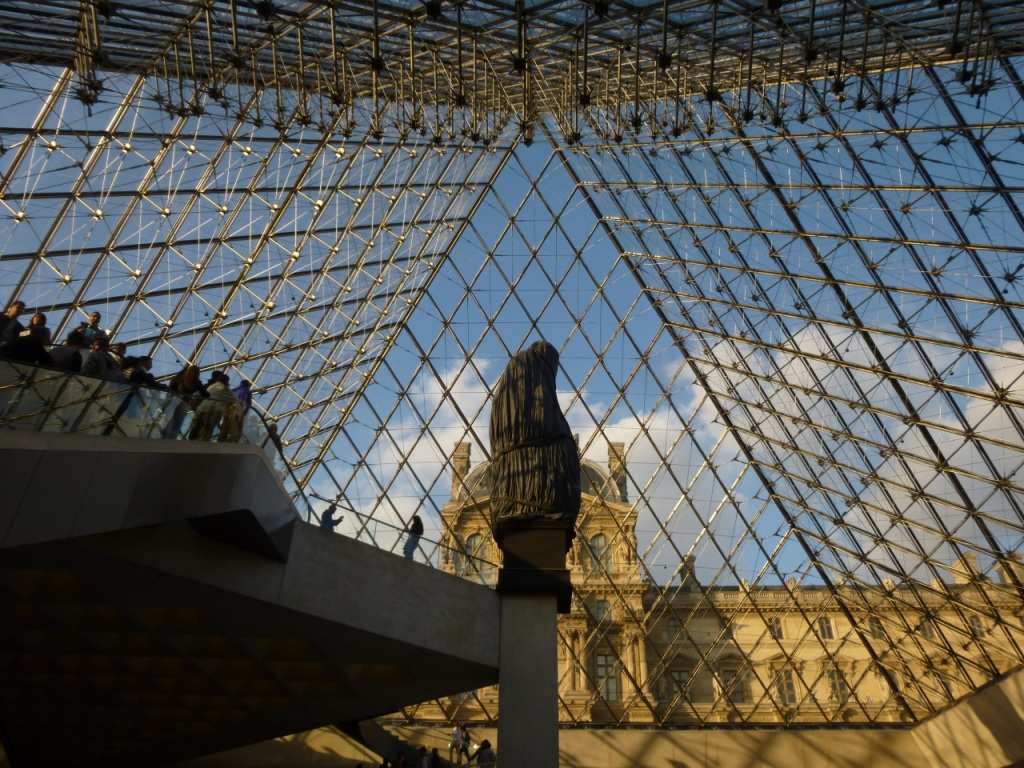 Tutoyer le mus e du louvre orion en a roplane for Le louvre interieur