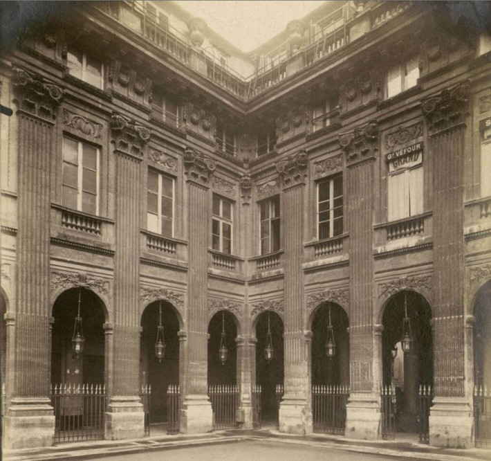Photographie du Palais-Royal par Atget